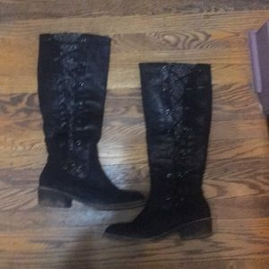 SO brand Size 91/2 tall boots Black .